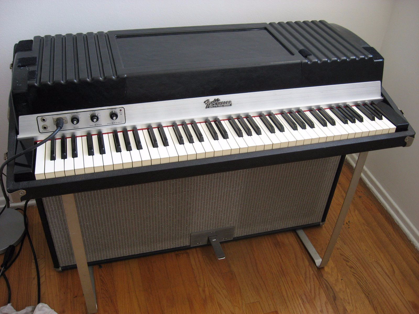 1974 modified fender rhodes piano fender rhodes la. Black Bedroom Furniture Sets. Home Design Ideas
